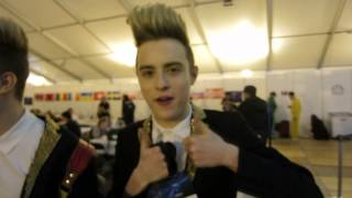 Jedward duo is here?