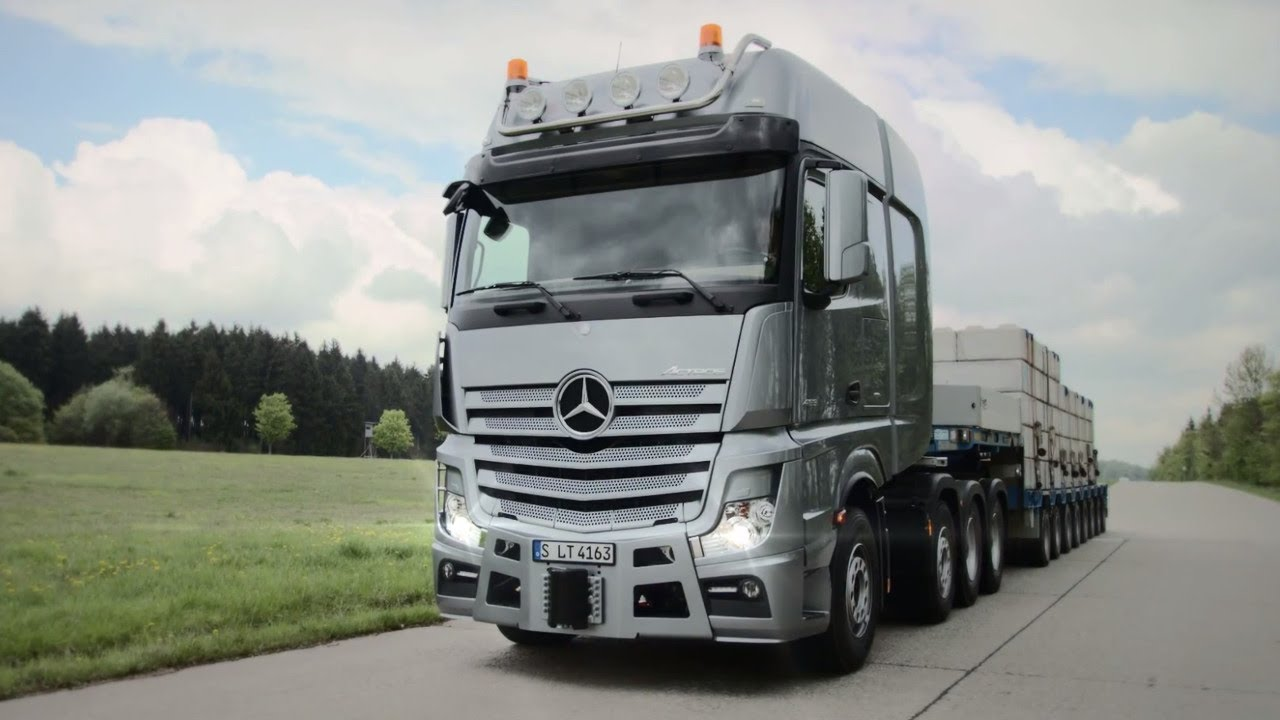 Mercedes benz actros slt youtube for The new mercedes benz truck
