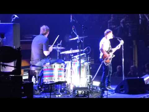 The Black Keys - Run Right Back HD @ Barclays, night1, 2014