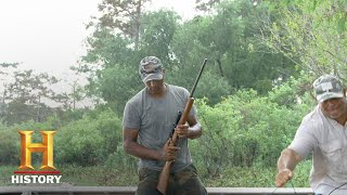 Swamp People: Joey and Dwaine Hit Family Turf (Season 9, Episode 20) | History