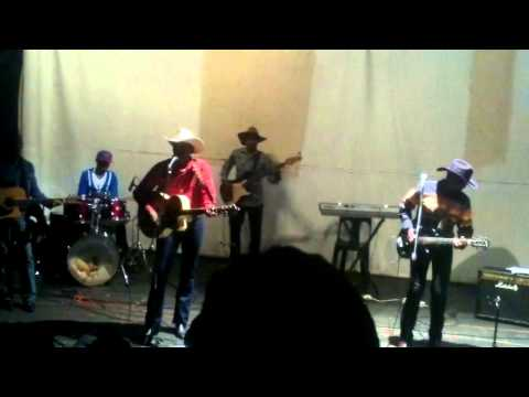 Dusty and Stones live at the Mbabane theatre club Swaziland)