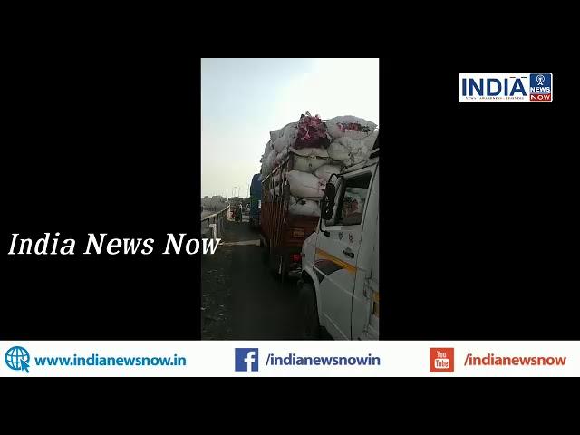 नई दिल्ली:होली के मौक़े पर स्थानीय प्रशासन की भारी लापरवाई,ब्रजघाट  में भारी जाम  की स्थिति,सुध लेने