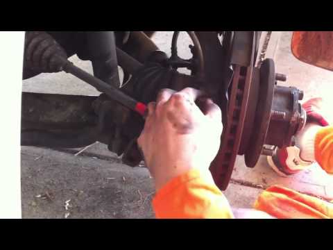 Mitsubishi Delica-  How to change left cv boots Part 1