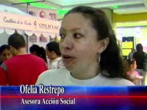 22 VISITA OFELIA RESTREPO A FERIAS DE CUNA EN RISA...