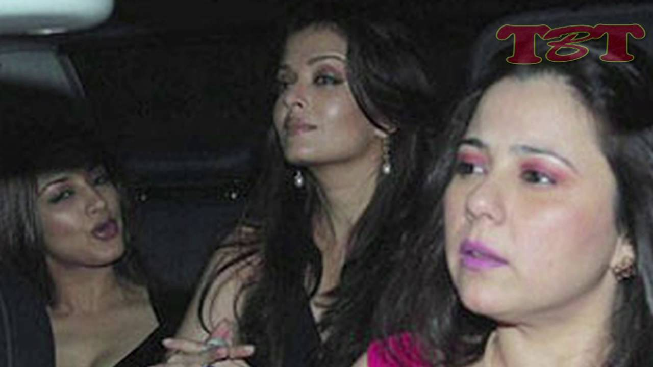 Bollywood Actress Caught Without Panty