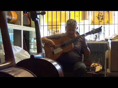 1947 Viuda de Santos Hernandez Marcelo Barbero Flamenco Guitar 8 11 17