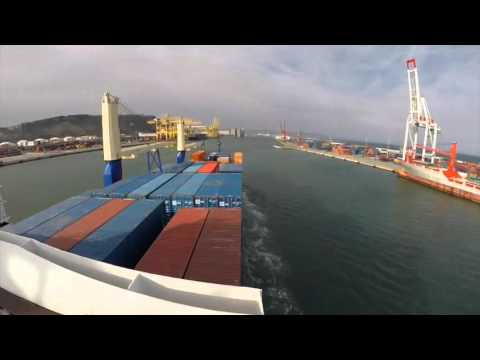 Mooring Operation / berthing to: Barcelona Spain