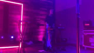 Jeremy Zucker comethru LIVE San Diego