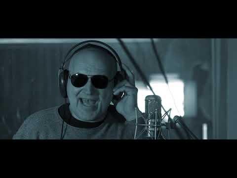 Tři sestry - Ať seš punk (Official Video)
