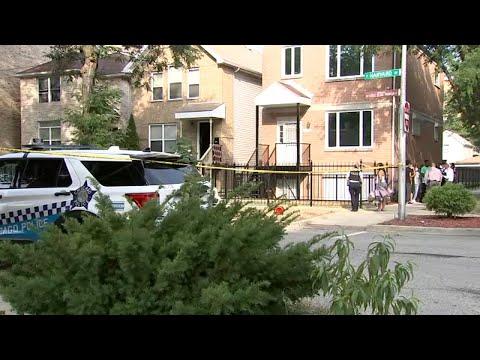 LIVE: Chicago firefighters battling fire at historic Pilsen building