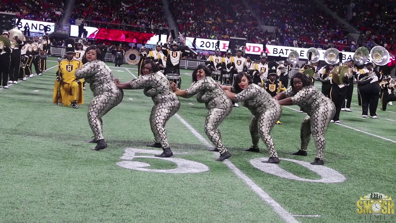b1d4bea7dff13 Alabama State Honey Bees ( Field Show Routine )@ Honda Battle Of The Bands  2018