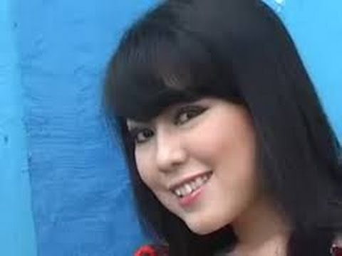 Dangdut terbaru 2014 / Sagita Wiwik - Aku rapopo