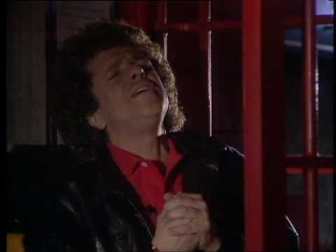 Leo Sayer - Orchard Road [Official Video]