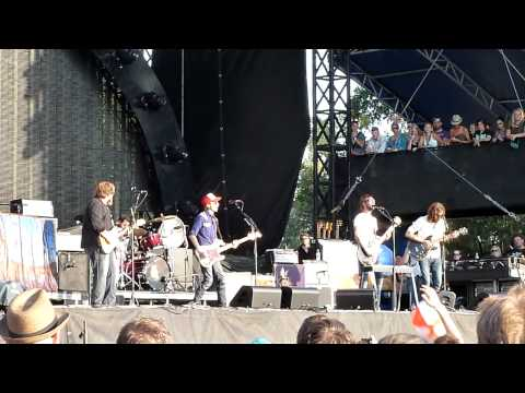 """Cigarettes Wedding Bands"" Band of Horses Live @ Austin City Limits 2010 (Sunday)"