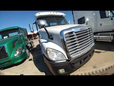 Обзор траков : International Prostar PREMIUM / Freightliner Cascadia  DD13 движок