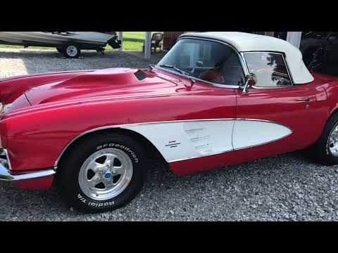 1961 Chevrolet Corvette 4-Speed