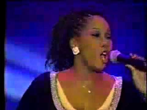 Yolanda Adams - Let Us Worship Him
