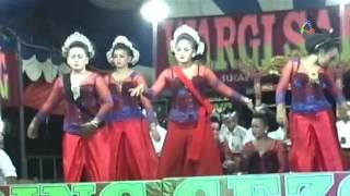 Peuyeum Bandung - Jaipongan Uding Gezos Subang