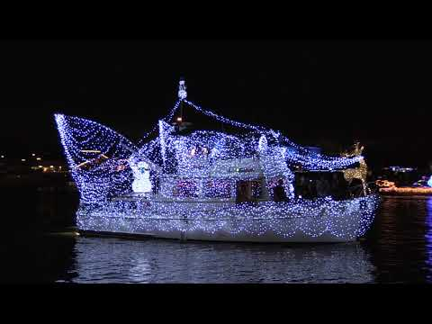 Huntington Harbour 2017 Boat Parade Dec 10 2017 And It Happened Tonight!