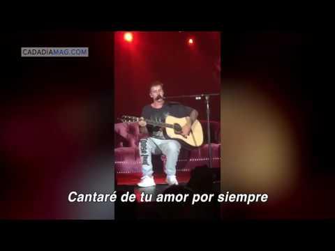 Justin Bieber canta himno de alabanza en pleno concierto.