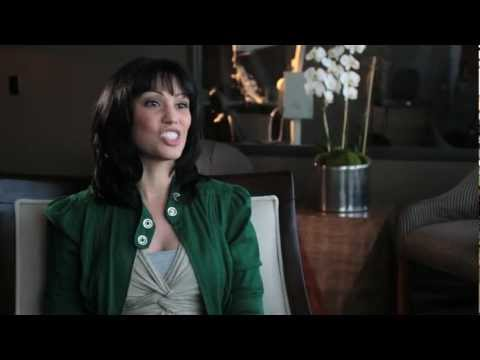 Actress Lisa Catara Prefers Beverly Hills Cosmetic Dentist Larry Rifkin DDS