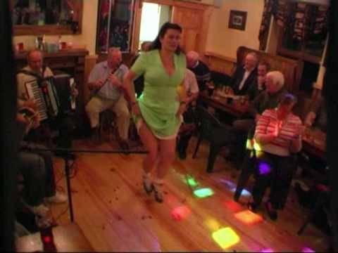 Mullahoran Mighty Crack at the Glánn Bar  County Cavan!