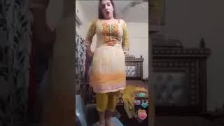 Pathan Girl Very Sexy Dance in Pashto Song