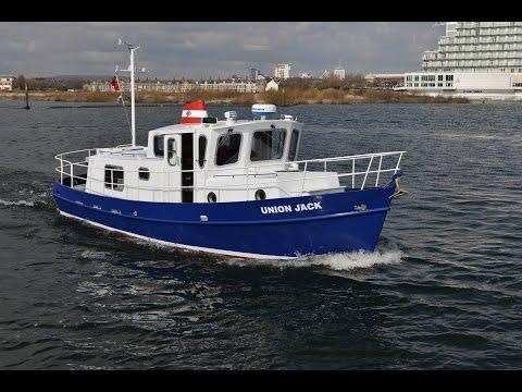 Tug Yacht 33