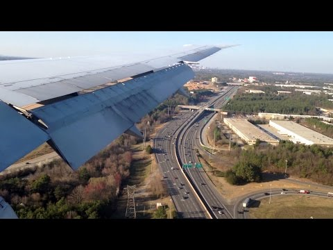 Approach and Landing into Atlanta Hartsfield Jackson (Delta Air Lines Boeing 767-400ER) *With ATC*