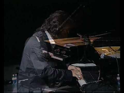 André Manoukian Quartet - Piano Solo