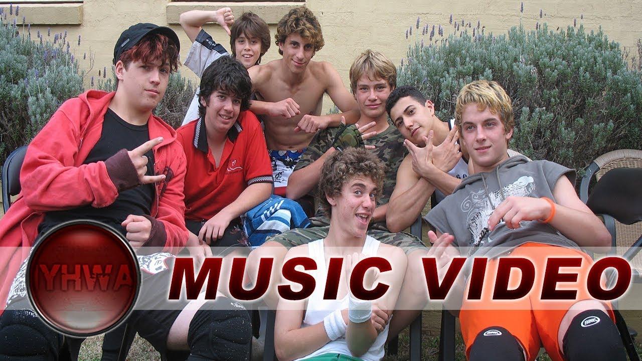 iyhwa backyard wrestling version i youtube