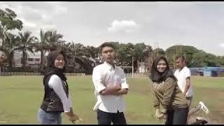 Mirip Banget!! Cover Dance Oma Mulyana Kuma Dinya Welah