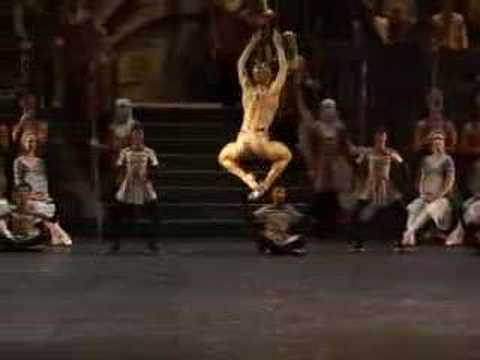 La Bayadere Golden Idol