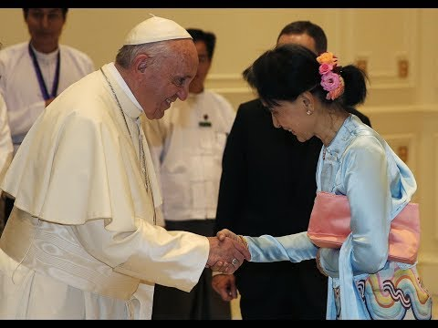 Secondo giorno - IL PAPA INCONTRA AUNG SAN SUU KYI