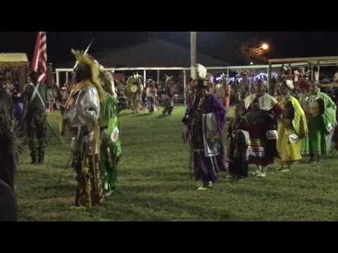 Cheyenne Arapaho Labor Day pow wow 2016