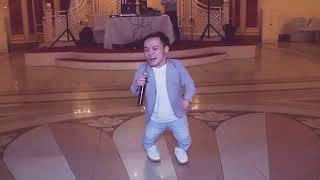 судьба была против но он стал певцом!