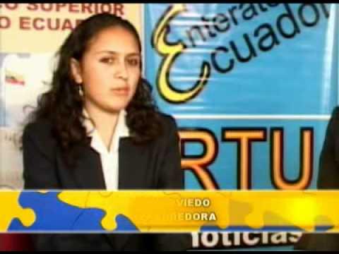 Emprendedores María Oviedo , Bufandas (Quito)