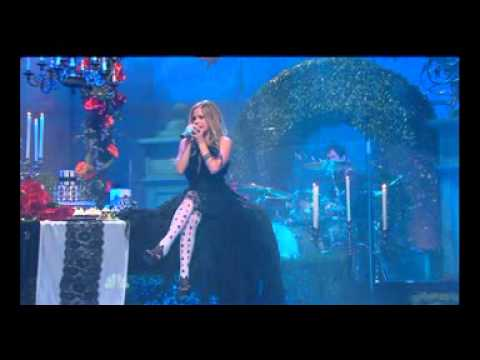 Avril Lavigne - Alice LIVE - 03.03.10 (TShow With JLeno)
