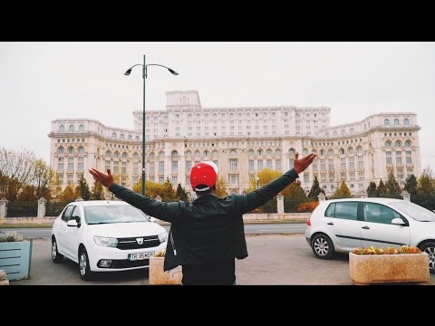Vlogging In The Romanian Palace of Parliament // VLOG