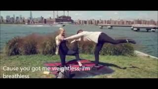 High Strung - Weightless - lyrics