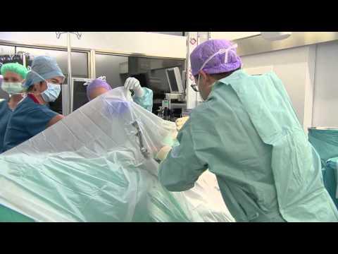 """""""Hirn-Operation im Wachzustand"""" - Hirslanden & TeleZüri: Gesundheitssendung CheckUp"""