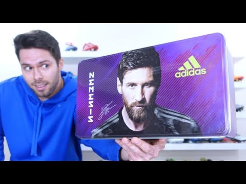 MESSI BOOTS THAT I ACTUALLY LIKE!