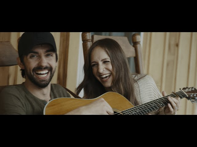 Mo Pitney - Ain't Bad For A Good Ol' Boy (Official Music Video)