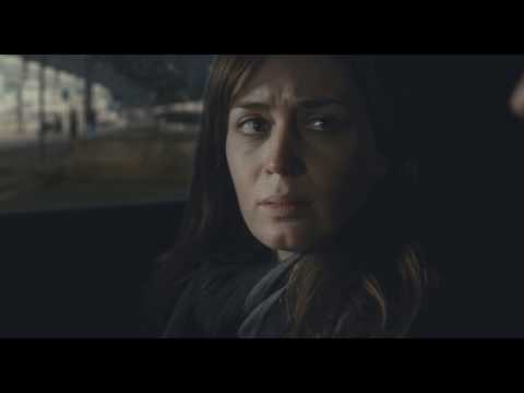 Emily Blunt and Justin Theroux - The Girl on The Train (Deleted Scene)