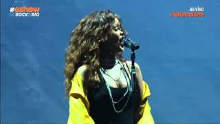 Rihanna - Diamonds (Live at Rock in Rio 2015)