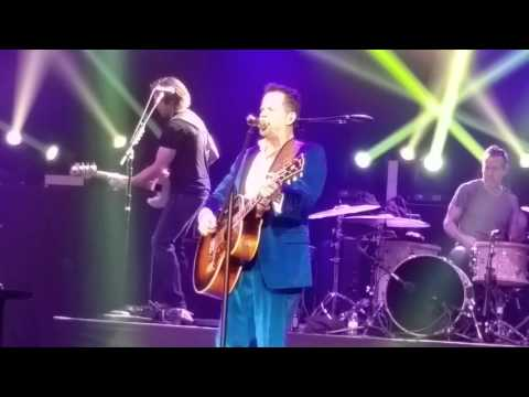 Gary Allan - Mess Me Up - Las Vegas -11 Dec 2015