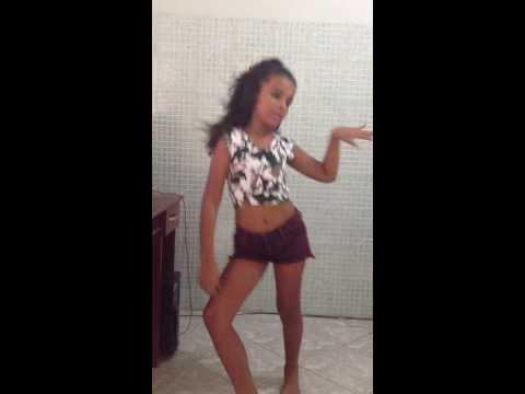 Amanda Samira Dançando Show das poderosas