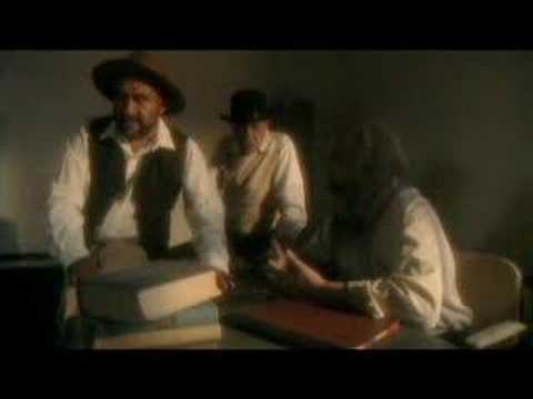Trailer do filme O Fantasma do Convento