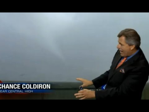 Lawton, OK, Live Tornado on KFOR (5/8/2016)