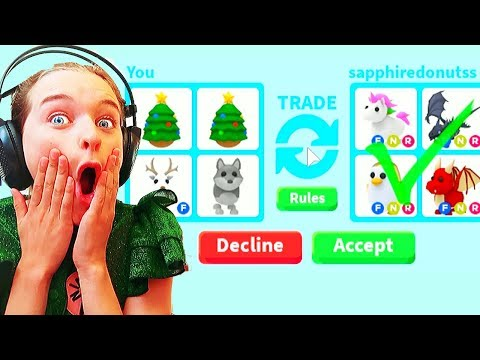 ONLY TRADING CHRISTMAS ITEMS *SHE GOT SURPRISE GIFTS* Roblox Gaming w/ The Norris Nuts
